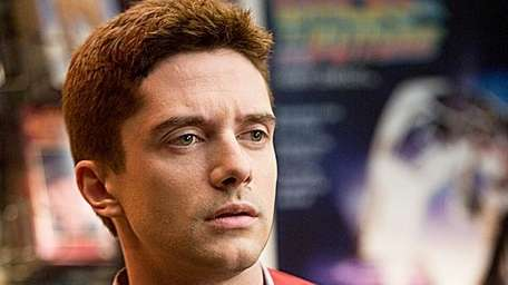 Topher Grace in Take Me home Tonight