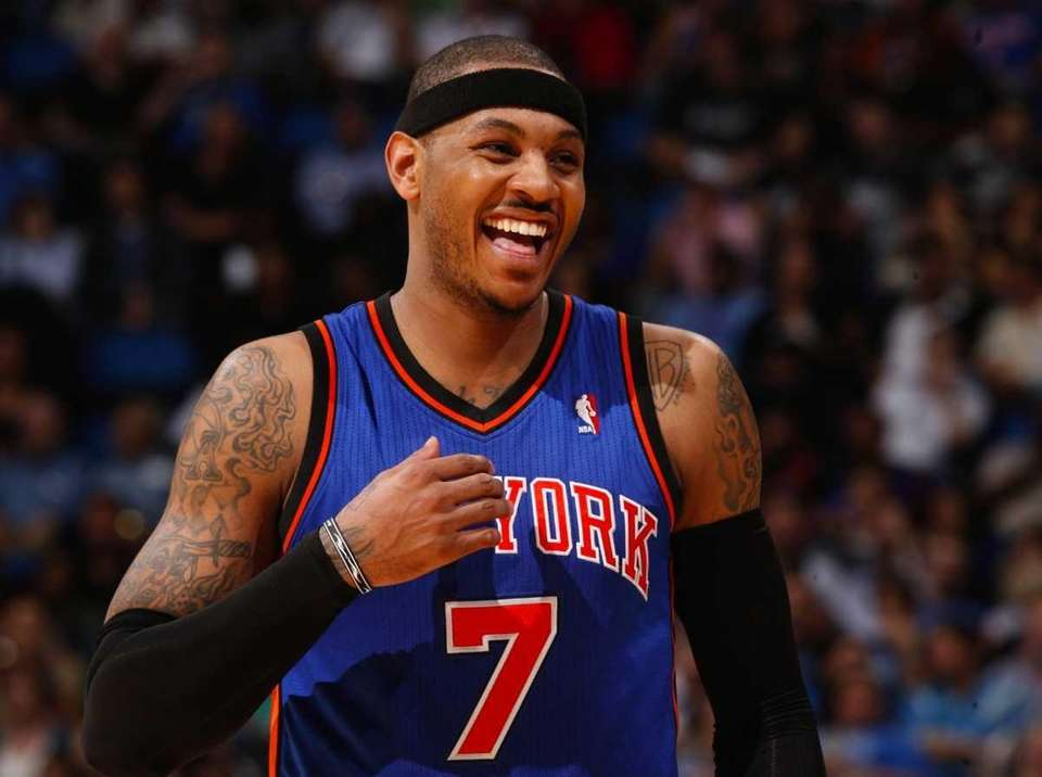 New York Knicks forward Carmelo Anthony (7) laughs