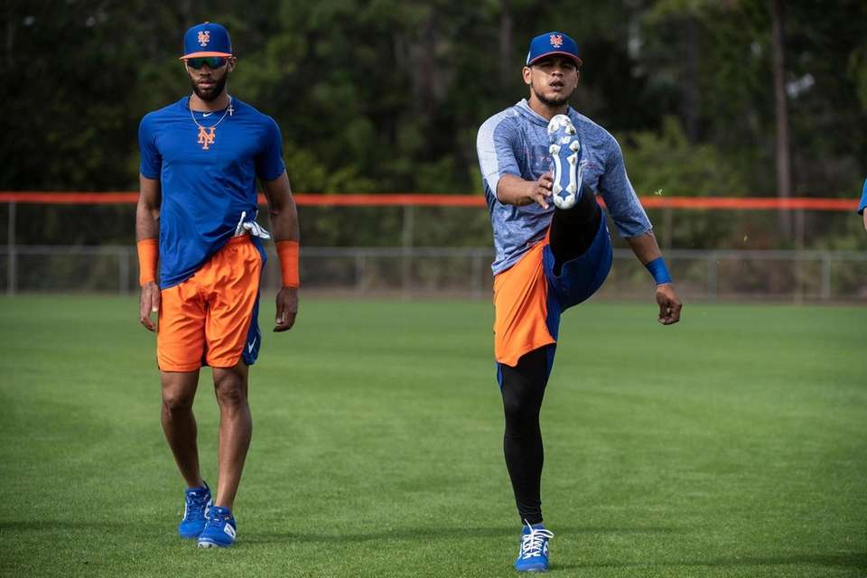 New York Mets players (L/R) Amed Rosario and