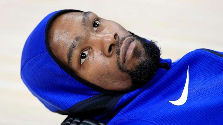 Kevin Durant of the Golden State Warriors stretches