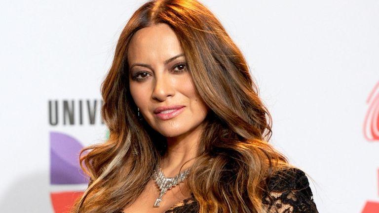 Chilean singer-songwriter Myriam Hernández.