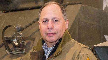 Gene Spiegelman of Roslyn has been elected to