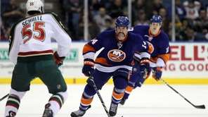Trevor Gillies #14 of the New York Islanders