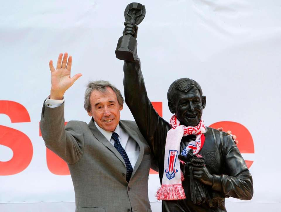 Gordon Banks, who cemented his status as one