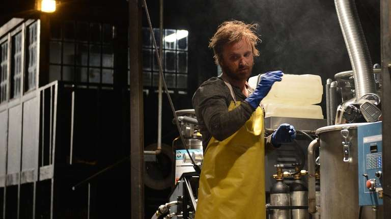 "Aaron Paul is reportedly returning to play ""Breaking"