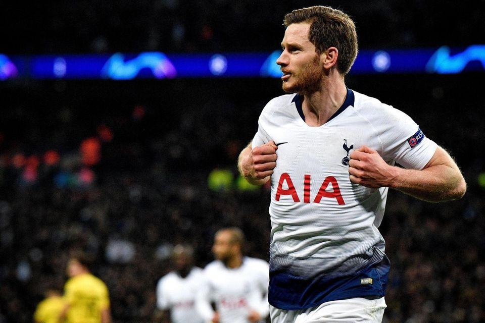 Tottenham's Jan Vertonghen celebrates after scoring the 2-0