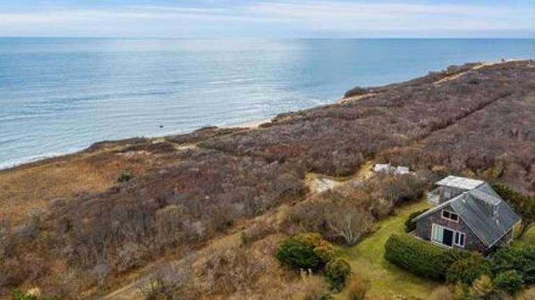This Montauk cottage has a second-floor bedroom with