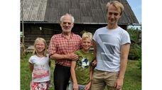 Kidsday reporter Matthew Riemma, third from left, with