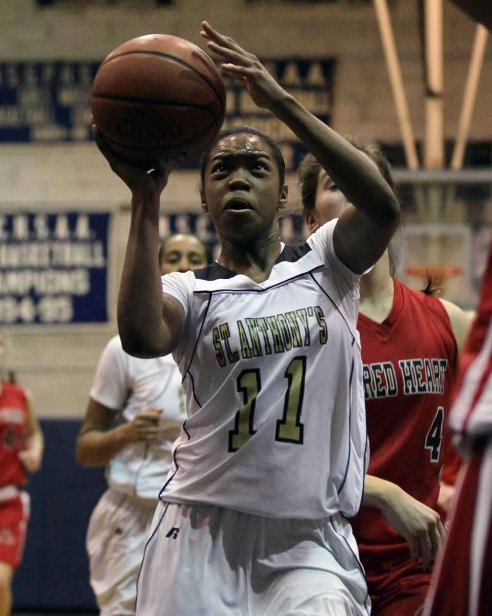 Lauren Williams #11 of St. Anthony's shoots a