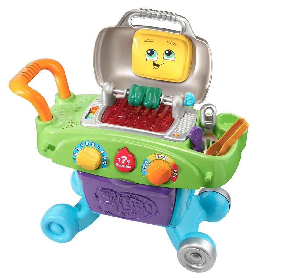 Little ones can pretend to grill with the