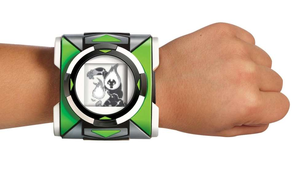 The LCD screen on the Omnitrix brings Ben