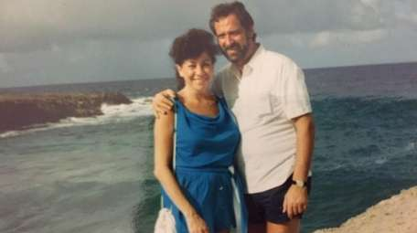 Rochelle and Lawrence Ginsberg of Oakland Gardens, Queens,