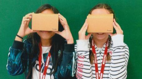 Kidsday reporters Jaycee Ginel, left, and Mariya Hula,