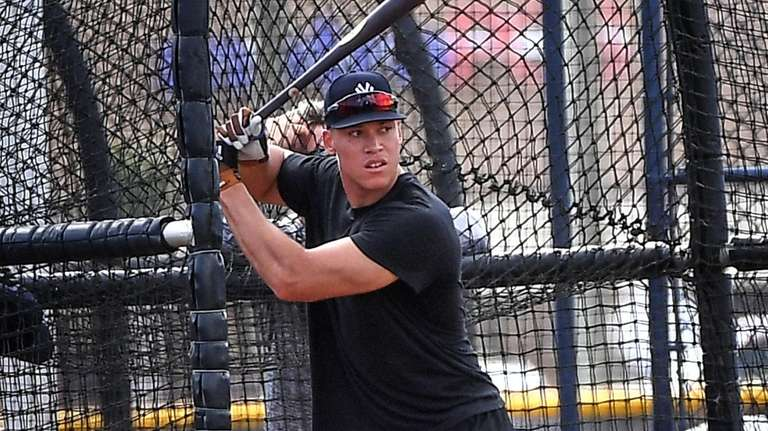Yankees Aaron Judge takes batting practice at the