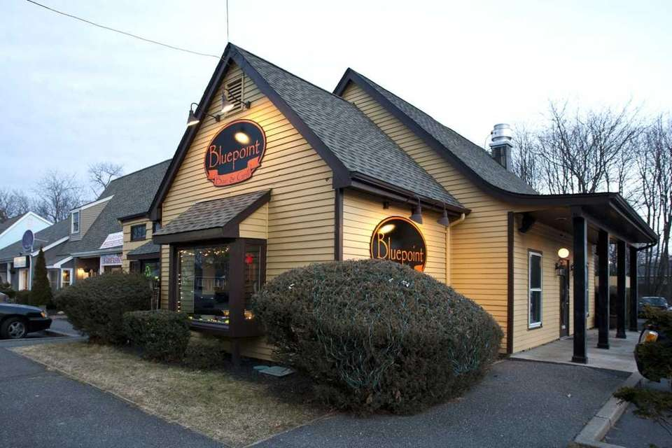 The Bluepoint Bar & Grill is at 154