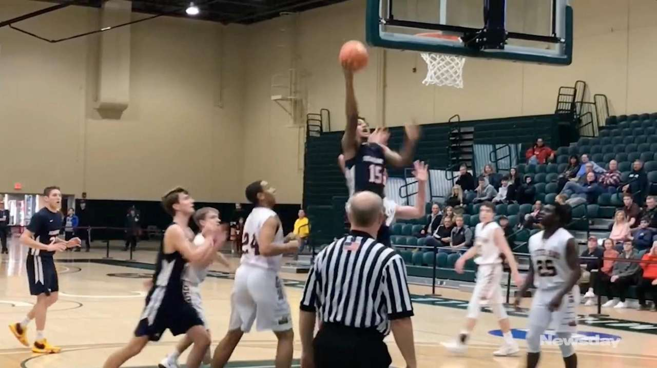 Cold Spring Harbor defeated Oyster Bay, 76-64, in