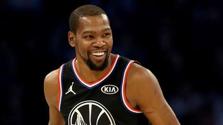 Kevin Durant reacts in the first half during
