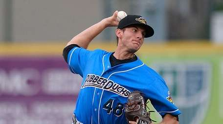 Former Erie SeaWolves Kyle Dowdy pitches for the