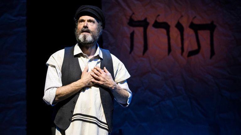"""Steven Skybell is a brilliant Tevye in """"Fiddler"""