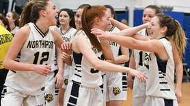 Danielle Pavinelli scored 20 points after injuring her