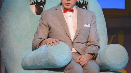 Pee-Wee Herman (Paul Reubens) brings his Broadway show