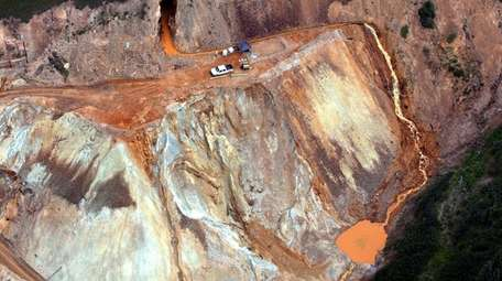 Wastewater streams out of the Gold King Mine