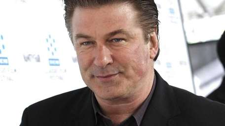Alec Baldwin arrives at the premiere of the