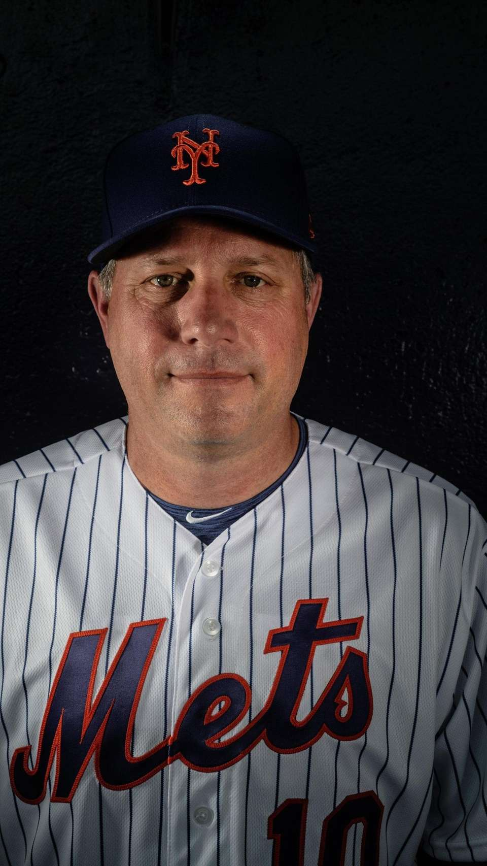 New York Mets third base coach Gary DiSarcina