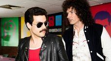 DF-14964_R - Rami Malek (Freddie Mercury) and Gwilym
