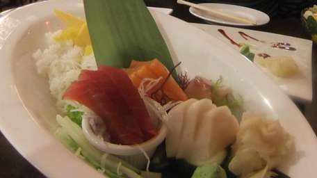 Lunch chirashi is served at at Kanda Asian