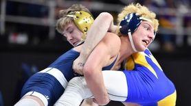 Zach Redding, Eastport-South Manor vs Tyler Kellison, Jamesville-Dewitt