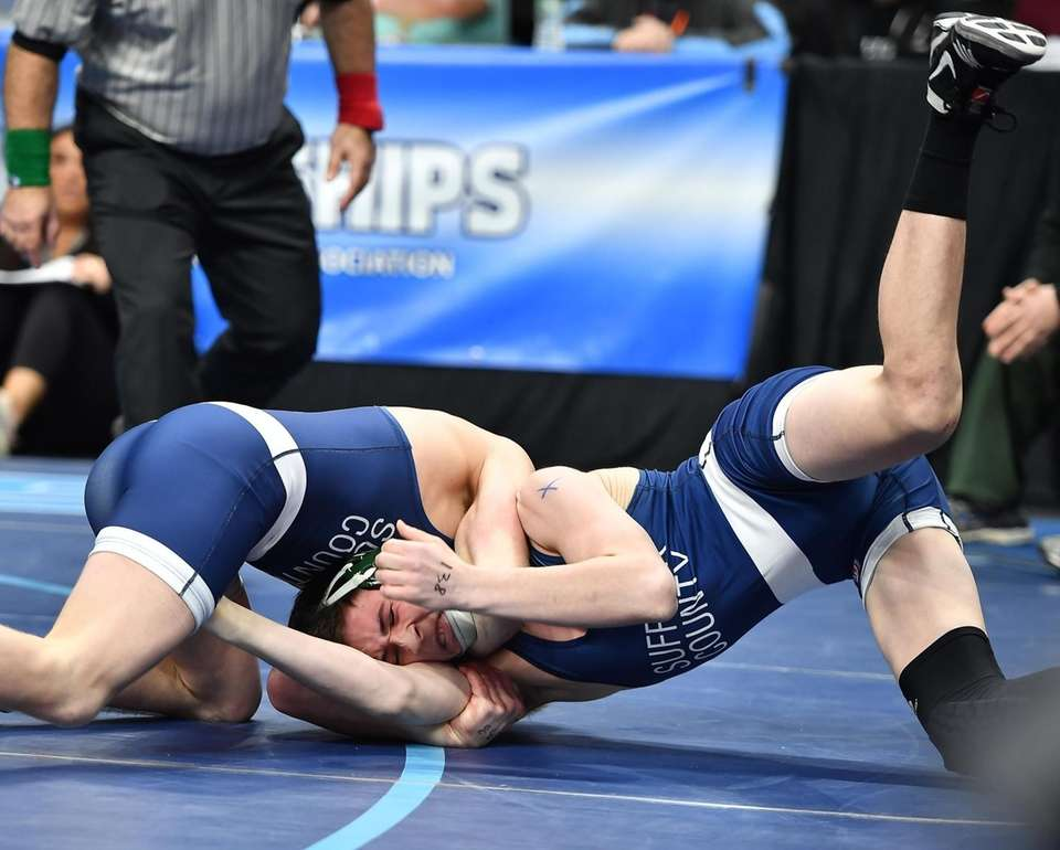 Adam Busiello, Eastport-South Manor vs Ryan Meisner, Lindenhurst