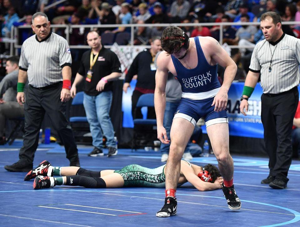 Jonathan Spadafora, Half Hollow Hills East, blue, defeats
