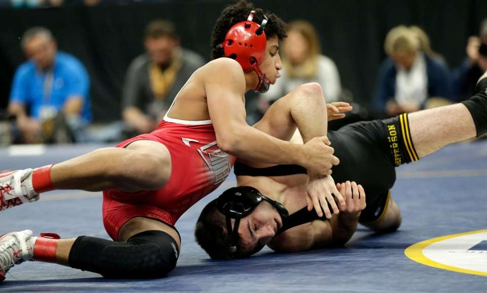 Jordan Titus, Center Moriches defeats Matt Garland South