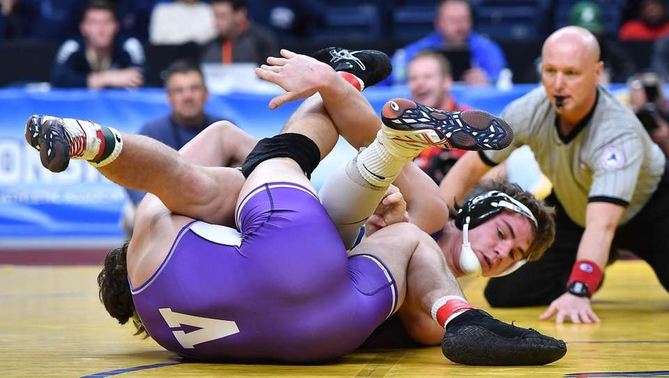 Liam McIntrye, Westhampton Beach is defeated 4-2 by