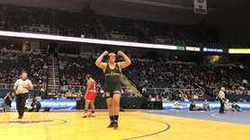 Commack's Joey Slackman defeated Freeport's Myles Norris, 4-2,