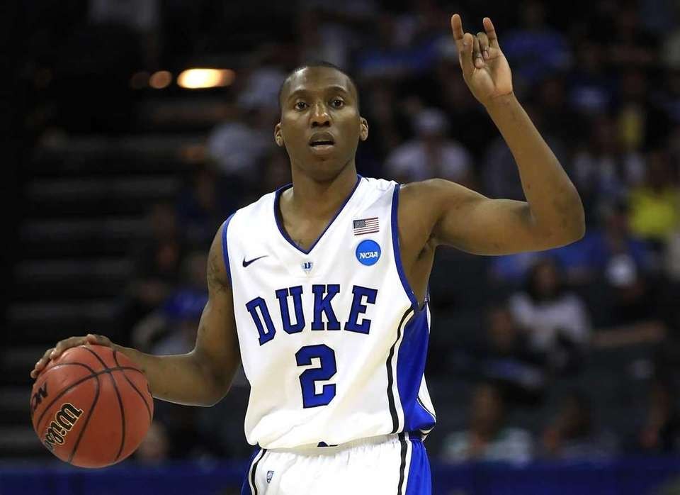 Duke's Nolan Smith calls a play in the