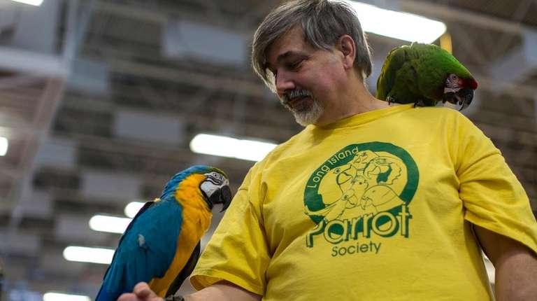 Long Island Parrot Society member Lee Lamberston with