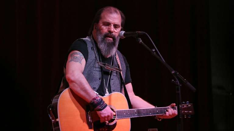 Steve Earle performs at his January residency at
