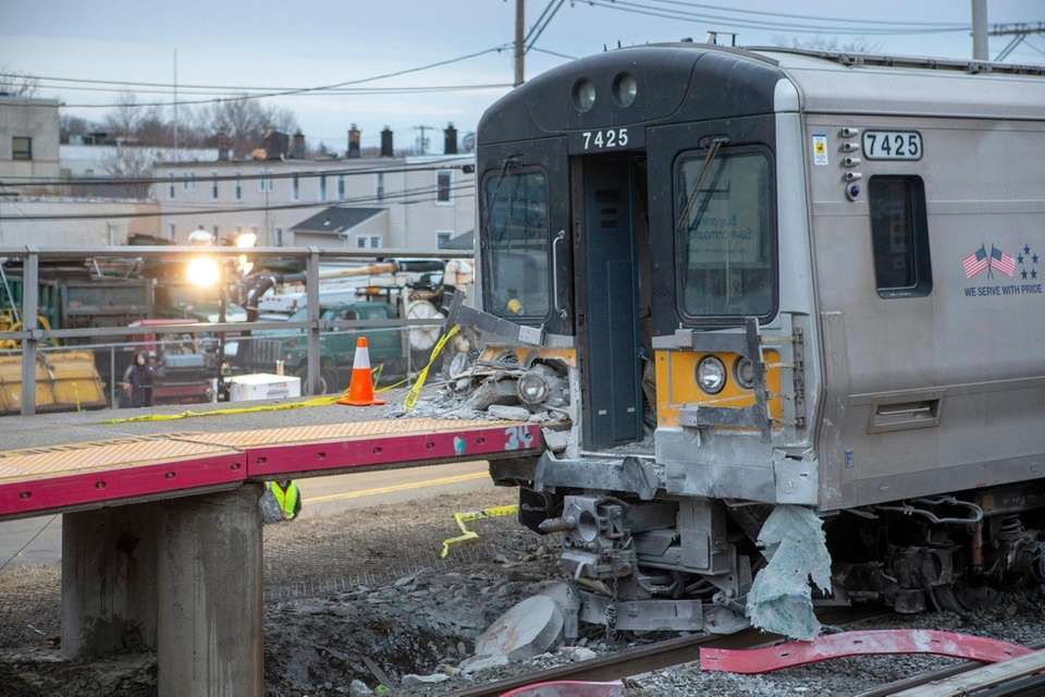 The westbound train that crashed into the Westbury