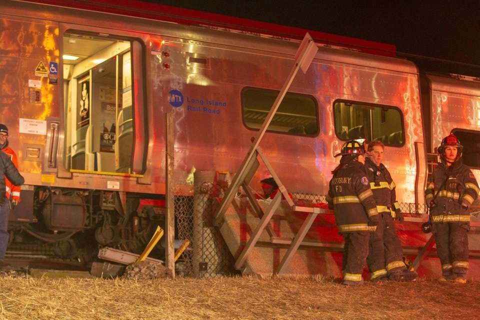 Emergency crews work on a LIRR derailment at