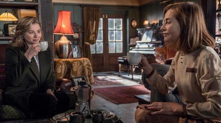 Chloë Grace Moretz stars as Frances McCullen and