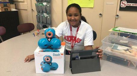 Kidsday reporter Melanie Beglin of Landing Elementary School,