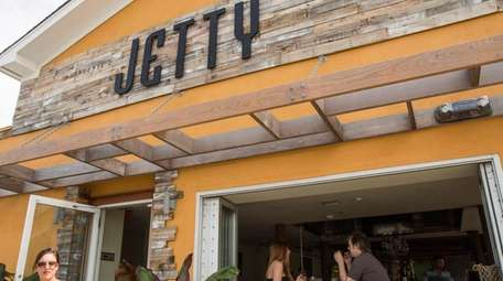 Jetty is a restaurant in Long Beach with