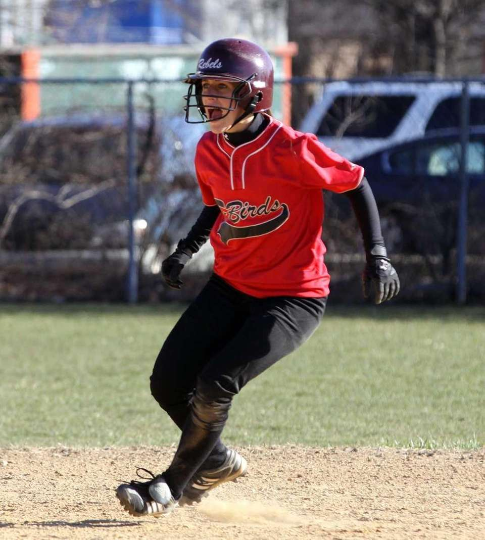 Connetquot's Amanda Schoenfeld on the bases during a