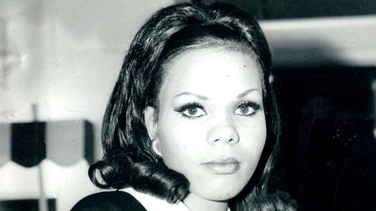 Joan Walker Conte, former aspiring model, dies