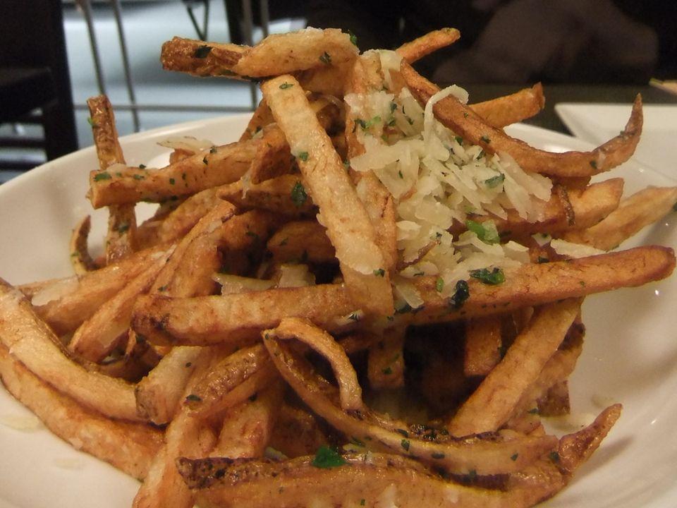 Pommes frites at Cue Nine, Levittown. (April 16,