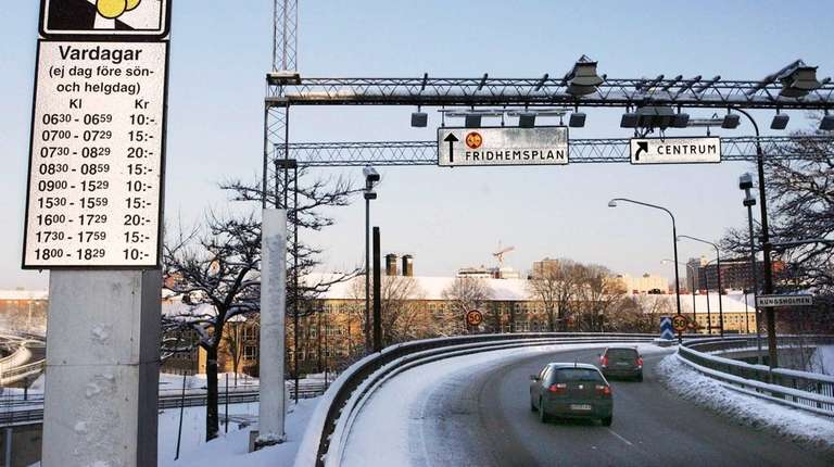 Cameras and sensors monitor traffic for the anti-congestion