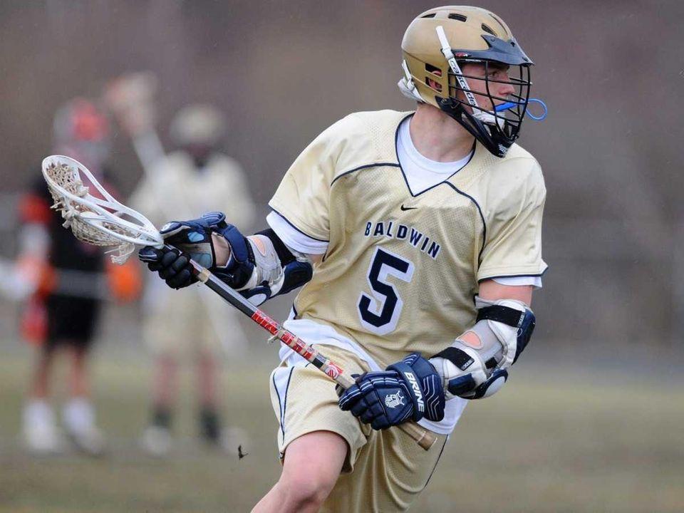Baldwin High School attacker #5 Mike Ainbinder looks