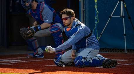 Mets catcher Travis d'Arnaud during a spring training